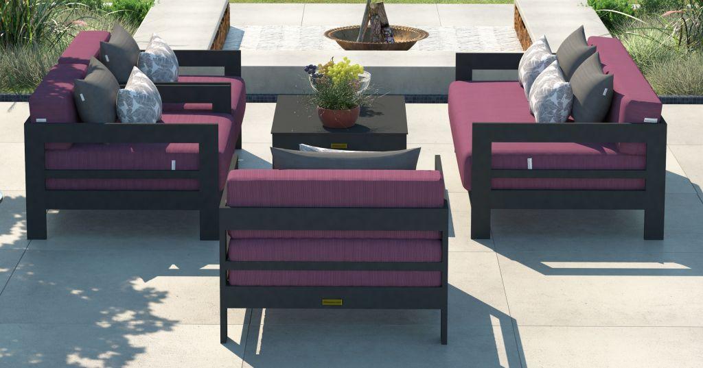 Garbnitura Luxe, vrtni namjestaj za ugostiteljstvo, ljubicasti jastuci od spuzve za hotelski namjestaj.